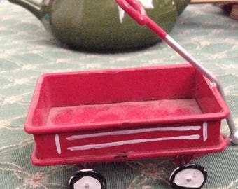 Miniature  Litle Red Wagon