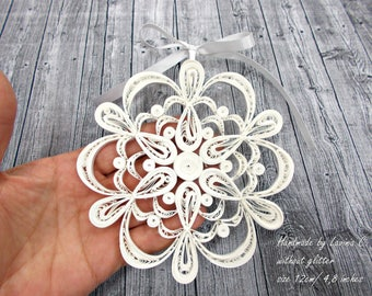 White quilled Christmas Snowflake Ornament, white quille Handmade Decoration, white Xmas Home and Holiday Decor, white Christmas Tree