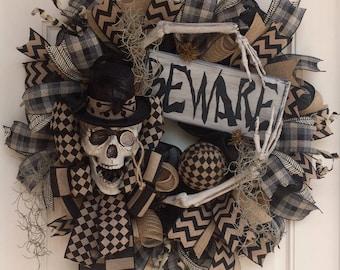 Halloween Deco Mesh Skeleton Wreath in Black & Tan, Skeleton Decor, Fall Wreath, Halloween Decor, Primitive Halloween, Rustic Skeleton