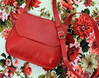 Saddle Bag Cross Body in Cherry Red