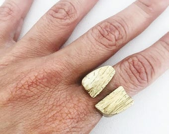 Chasm Ring