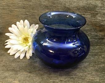 """Cobalt Blue Blown Glass Vase, Swirled Interior, Squat Cobalt Blue vase, 4"""" tall Blue Glass Vase, Wide Glass Vase, Hand Blown Blue Vase"""