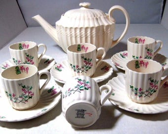 Vintage Copeland Spode Teapot with 5 Demitasse Cup and Saucers