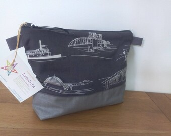 Toilet bag imprimeponts gray dark with or without handle