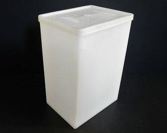 Vintage Tupperware Big Freeze Ice Cream Keeper with lid - sheer, #484 - collectible, retro, kitchen, freezer, storage, container