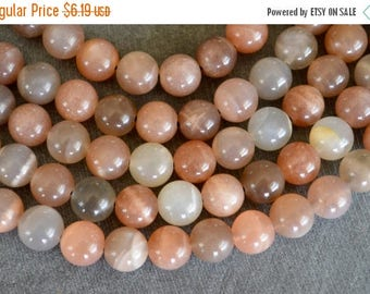 15% off SALE 8mm Moonstone Beads Natural Peach Gemstone Smooth Round Moonstone Beads (10 beads) Luxe Stone Beads Shimmery Stone Beads
