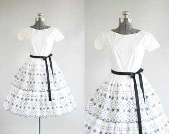 Vintage 1950s Dress / 50s Cotton Dress / Navy Blue Tiered Eyelet Dress w/ Short Sleeves XS/S