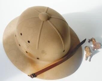 Pith Helmet /Authentic Vintage / International Hat Co. / Old Patina / Never-used Clean Inside / Splendid Find!