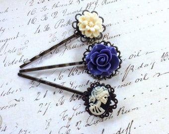 NEW! Black She Skull And Roses Hair Clips