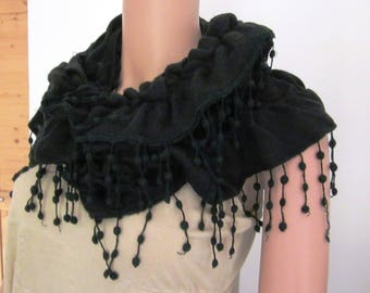 Black FRILLY scarf