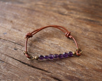 Amethyst and leather adjustable bracelet