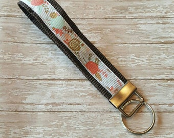 Floral Key Fob - Floral Keychain -  Floral Key Wristlet - FREE SHIPPING