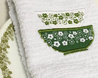 Pyrex Crazy Daisy Spring Blossom vintage inspired embroidered bar towel