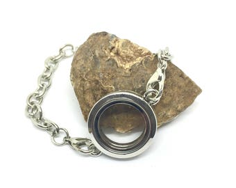 Floating bracelet for charms, silver