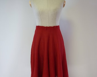 Casual red linen skirt, M size.