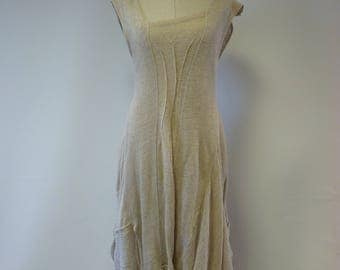 Feminine taupe linen dress, M size. Made of pure linen.