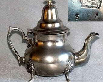 Antique Victorian Pewter Bachelor / Breakfast Teapot with Cabriole Foot c.1880's (ref: 5024)