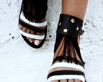 Black and white shoes-Crochet sandals- Onyx -decorated leather sandals-Rock style sandals