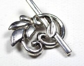 Silver leaf toggle clasp