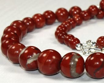 Red jasper and silver 925 (necklace)