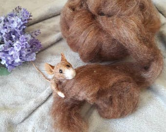 25g reddish carded brown Wool Roving  - Batt top coat Colour Felting Needle Felt
