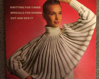 Knitting machine digest Vol 3. No 4