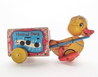 WORKING Vintage Fisher Price 1952 Musical Duck #795 Pull Toy