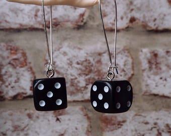 Small d6 dice earrings