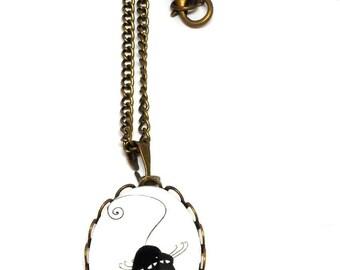 Cat upside bronzes cabochon necklace