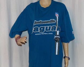 Jacksonville Jaguars T-Shirt, Early NFL Very Heavy Vintage Shirt size XL, LOW & Fast Shipping