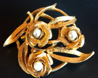 Coro Gold Tone Faux Pearl Brooch