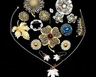 Vintage jewelry lot-old flower jewelry-flower pin lot-bride bouquet jewelry-old jewelry lot-flower jewelry sets-old wedding jewelry
