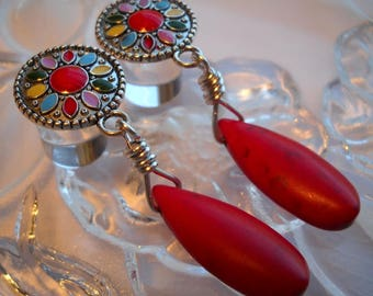 "0g Plug, 00g Plug, 1/2"" Plug, Enameled Charm and Red Howlite Briolette Dangle Plugs, Dangle Gauges"