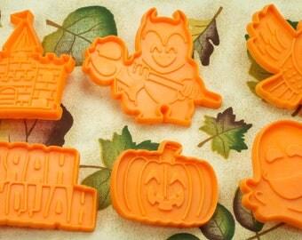 Collectable 6 Pc. Kids Halloween Orange Plastic Cookies Cutters