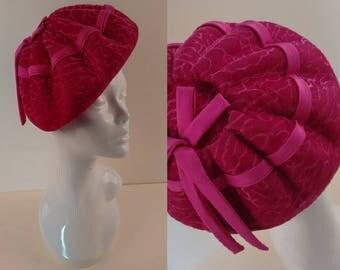 Vintage 60's Deep Pumpkin Beret Hat in Two Tone Print Hot Cerise Pink