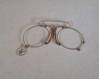 fabulous vintage sunglasses lunettes nose pliers , pince nez  eyeglasses 1920 antique round carved frame france rare