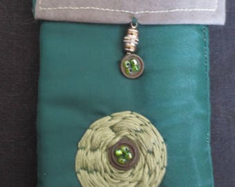 Green phone pouch