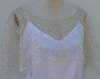 Cape bridal lace, cover-up iridescent lace wedding, Bridal poncho lace iridescent, poncho, cape, cover-up, iridescent gold, lace cape