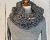 CUSTOM Piper Cowl.MADE to ORDER//Puff Stitched Cowl//Bulky Yarn//Crochet Cowl