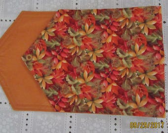 Autumn Leaves Lined Table Runner Pointed End w/Button Accent