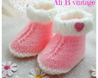 Baby Girl Booties Baby Boots Knitted Boots socks Baby Gift Baby shower Baby Footwear Baby Clothing pink boots ugg style boots