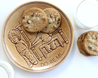 """Collectors Plate, Fanny Kins Limited Edition """"Do Re Mi..."""" Cookie Plate"""