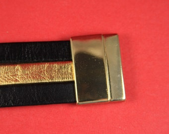 5B/9 MADE IN EUROPE  gold magnetic clasp for 30mm flat cord, bracelet gold clasp, flat 30mm cord gold zamak clasp,  (78933/30G) Qty1