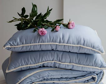 Bedding set of king comforter and king size pillows. Blue bedroom comforters. Luxury bed set. King bed blue duvet. King blue duvet set.