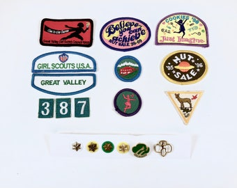 Girl Scout Patches, Pins, 18 Pieces, Merit Scout Badges, Girl Scout Pins, Cookie, Nut Badge, Star Pins, Troop, Brownie, Girl in the Game