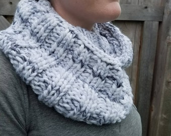 Marble Chunky Infinity Cowl