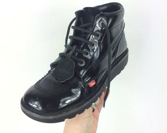 Vintage 1990s Kickers >> Black Patent Leather Laced Lace Up Shoes Boots Indie >> Women's / UK 5 6 / EU 38 39 / US 6 7 >> Made in France