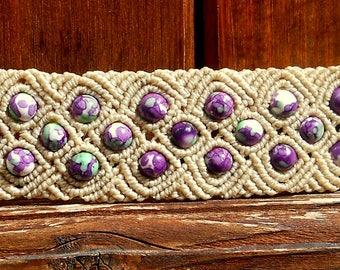 "Macrame bracelet ""Lucia"" with beautiful jade beads"