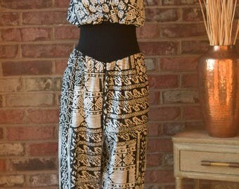 80s JUMPSUIT Black & White Cotton Sleeveless Jumpsuit Wide Leg Batik Print Romper Resort Wear