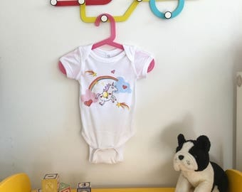 Unicorn Rainbow Onesie!   Adorable baby clothing size newborn - 18m